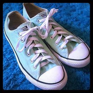 Mint Converse like new!!